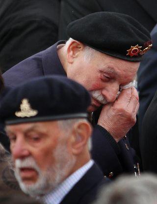 AY43923115Dunkirk veterans