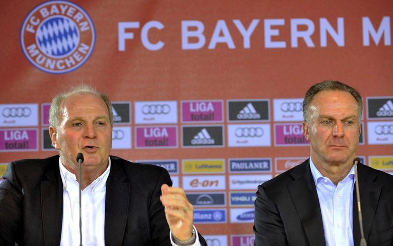 Bayern Munich President Uli Hoeness (L) and Chairman Karl-Heinz Rummenigg