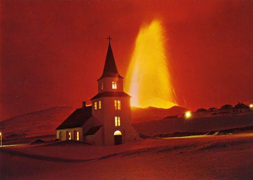 Iceolandchurchandvolcano