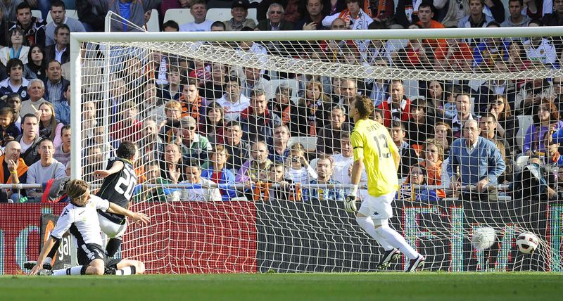 Higuain goal