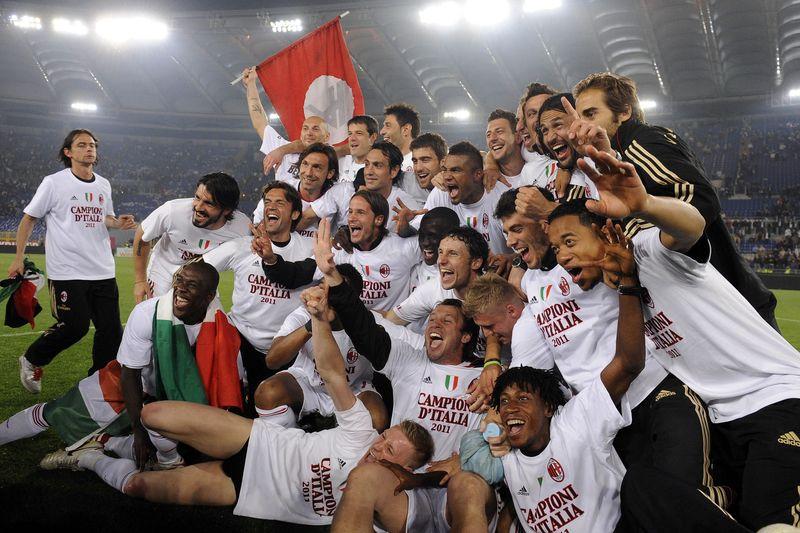 AD62721587AC Milan players