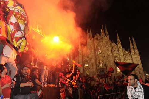 AD62747070AC Milans support