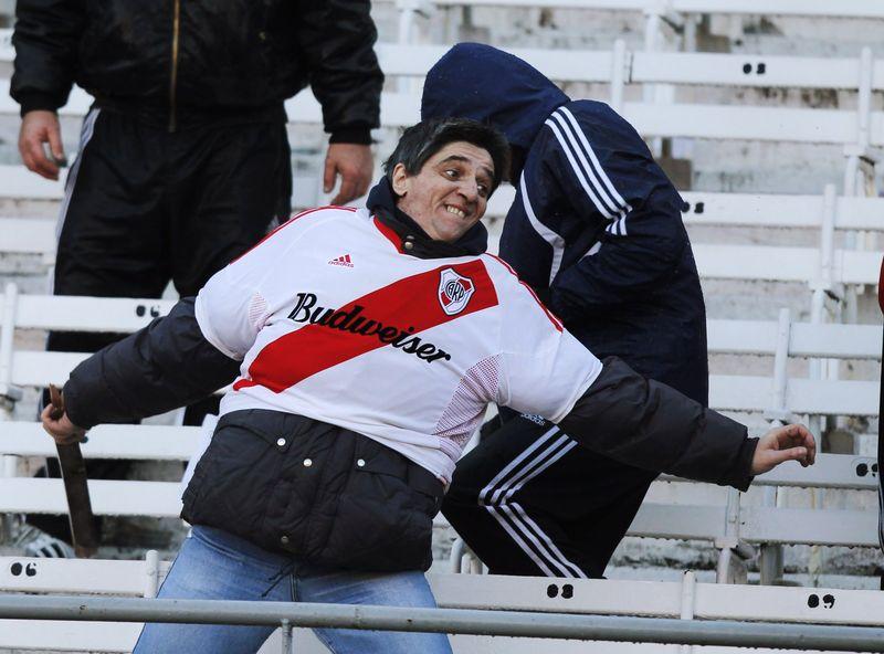 AD66079610A River Plate fan