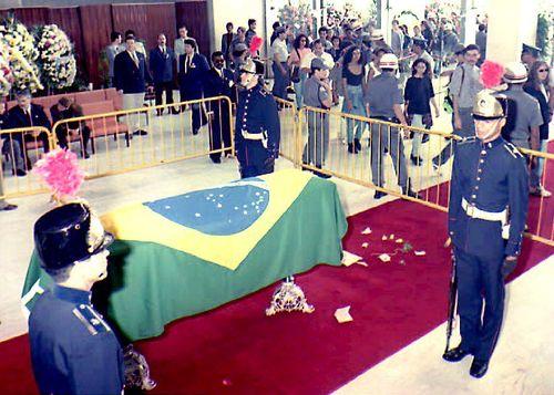 Senna coffin