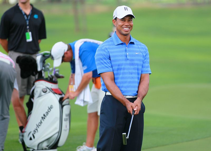 AY80724306Tiger Woods smile