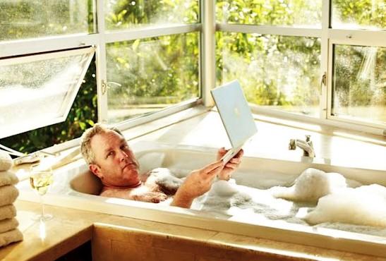 Andrew Breitbart Bubble Bath boehlert[1]