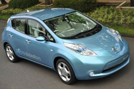 Nissan-leaf-standard1