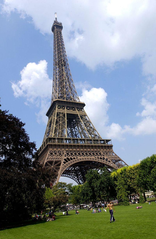 EiffeltowerALAMY