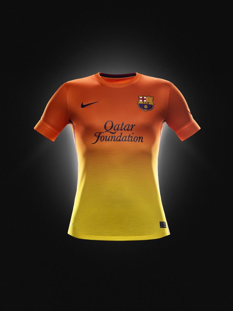 Fa12_PR_Authentic_Barca_A_Jersey_R