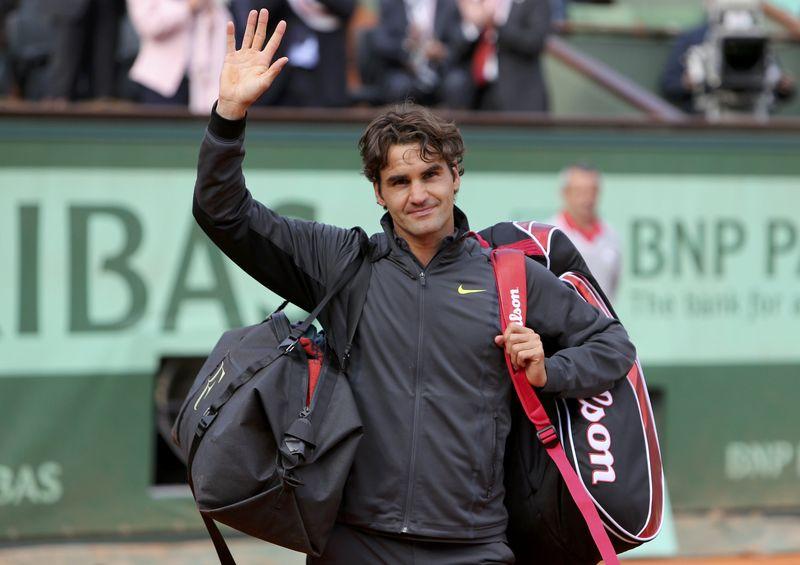 AY87305130Roger Federer of
