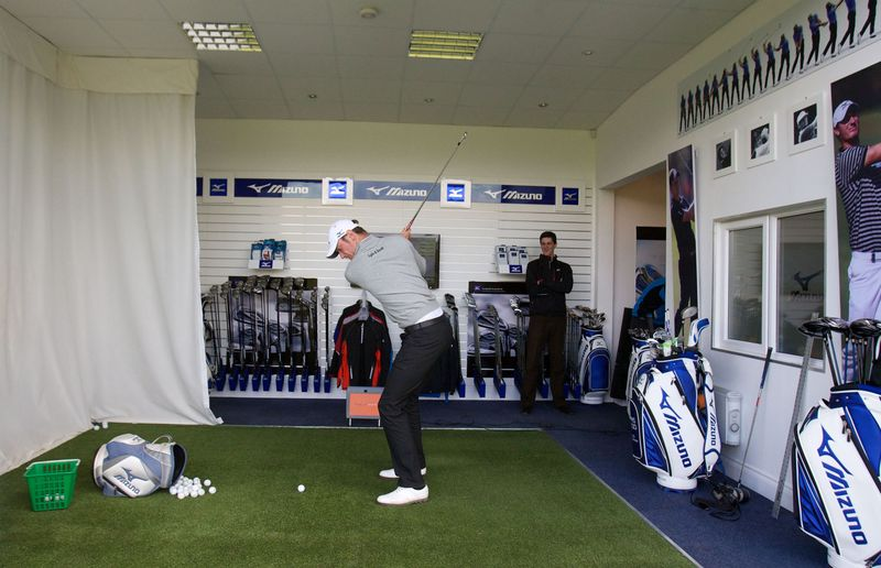 Chris Wood iron shot