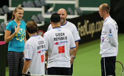 Petra coaches