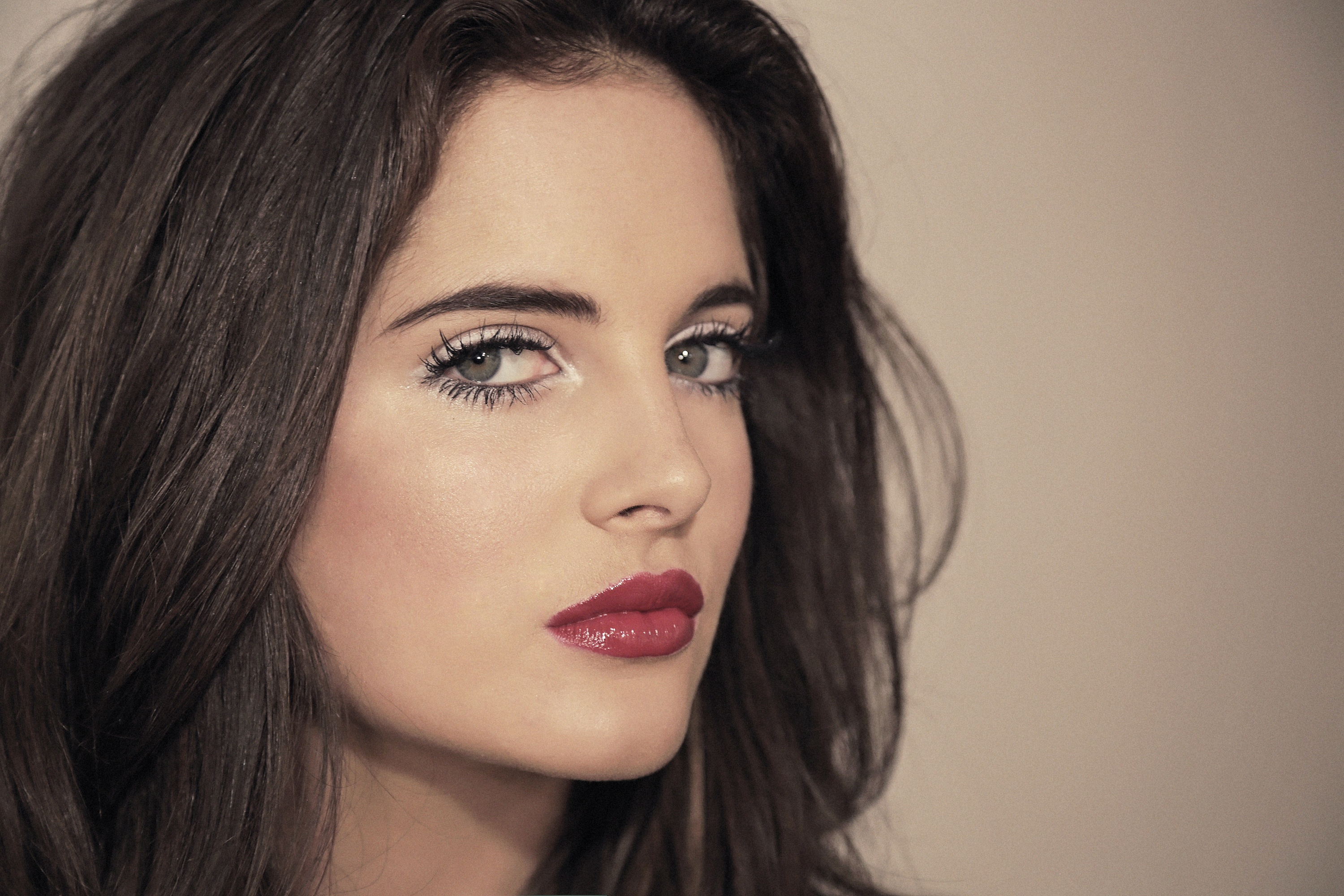 Bright Define Red Alert Bright Eyes And Bold Lips Mail Online