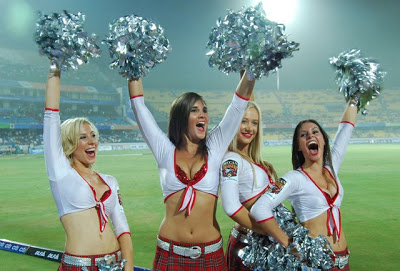 Hyderabad Deccan Chargers Cheerleaders Picture