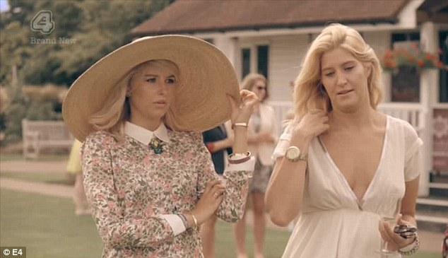 Phoebe hat