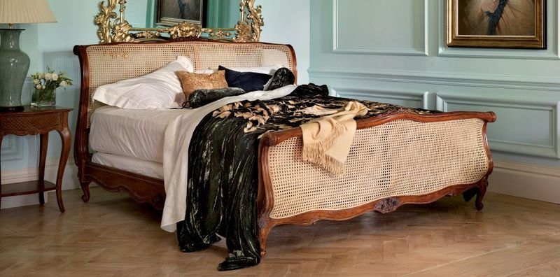 ASB louis-xv-caned-bed-main_ar1920by950