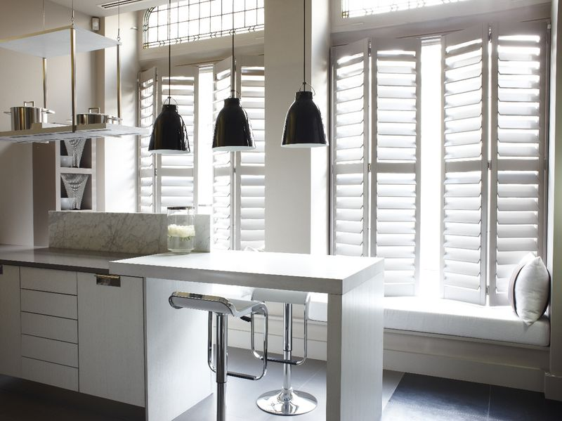 Kelly Hoppen - White Kitchen 2013 (2)