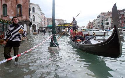 Veniceflood2ap_428x269