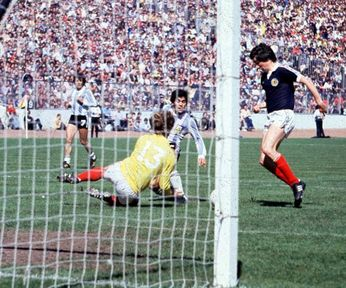 Maradona_scotland