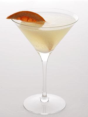Skinny-grapefruit-basil-martini1