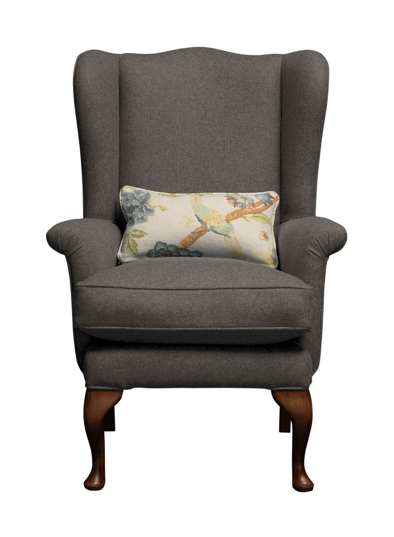 Petite Reader chair in Luscious Beetle