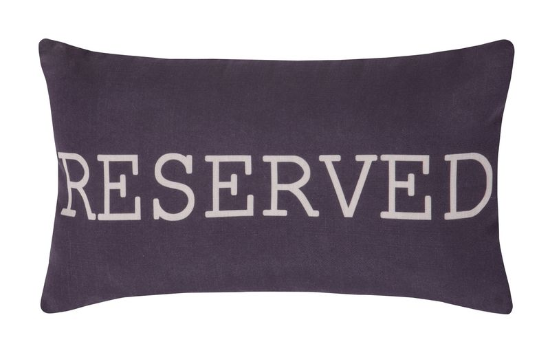Very Reserved_cushion