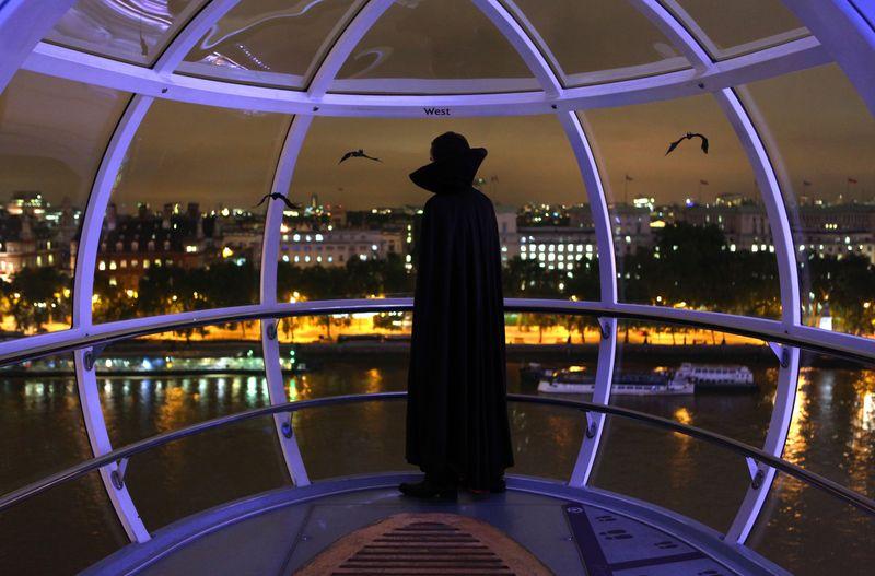 Londoneyevampire