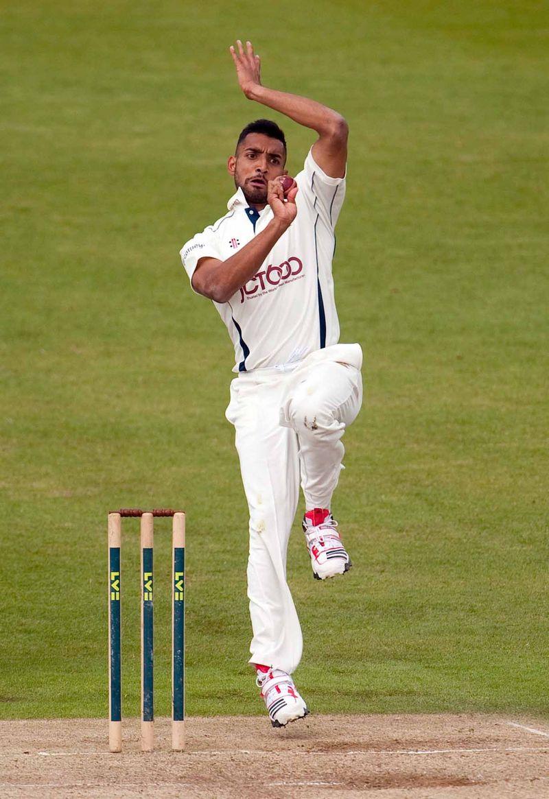 Ajmal Shahzad BOWLS