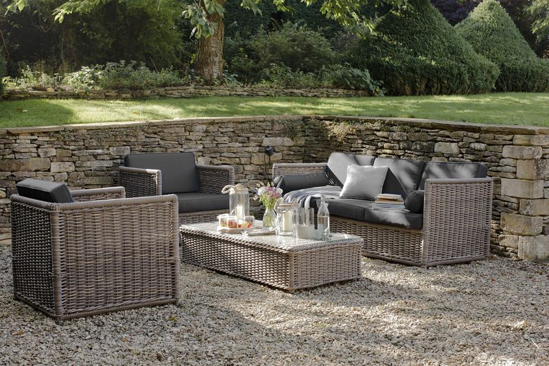 Garden Trading Harting Set of Sofa, 2 Chairs and Table in Rattan £2200 mailable