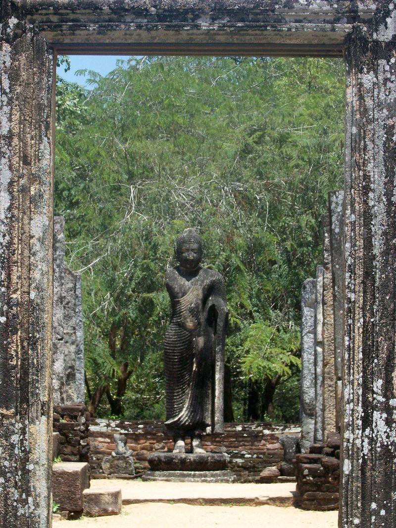 PolonnaruwatempleCL