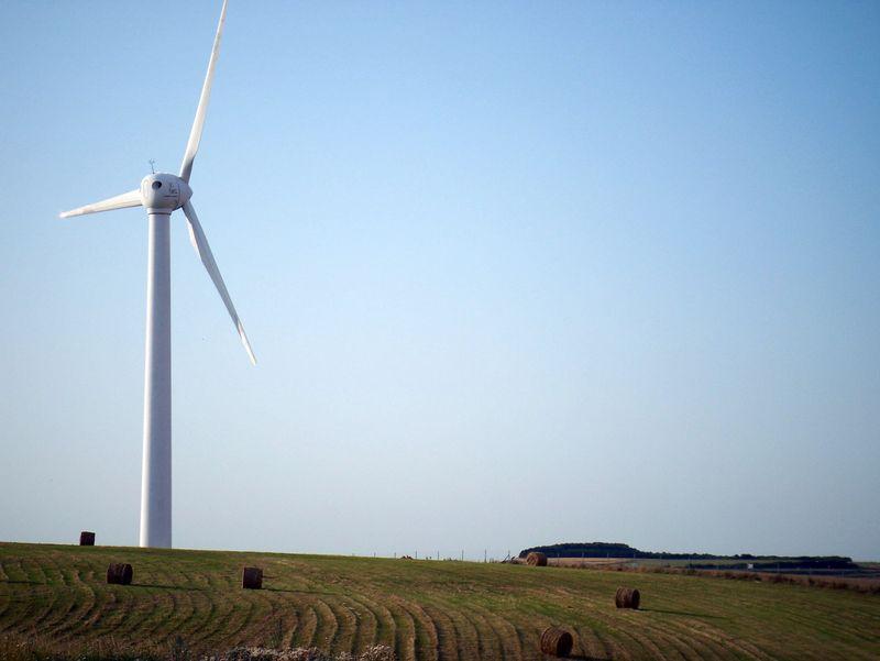 Calaiswindturbines2