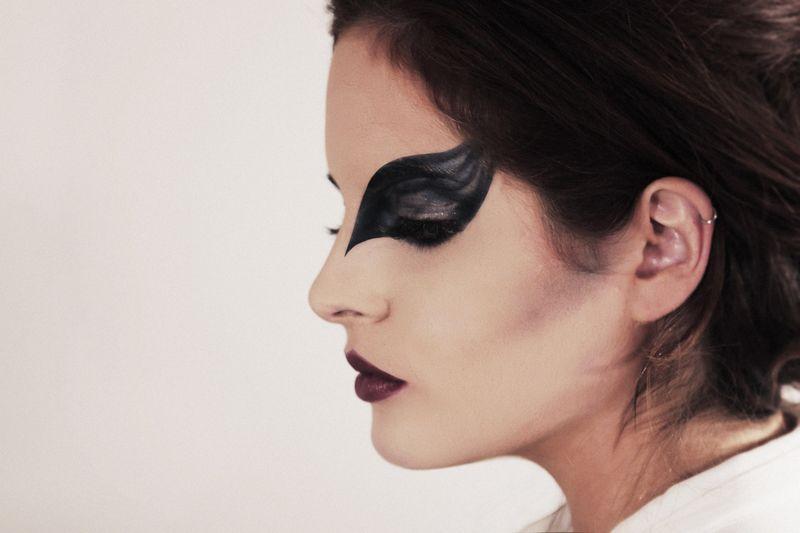 Black swan 2