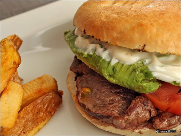 Steak sandwich with kick