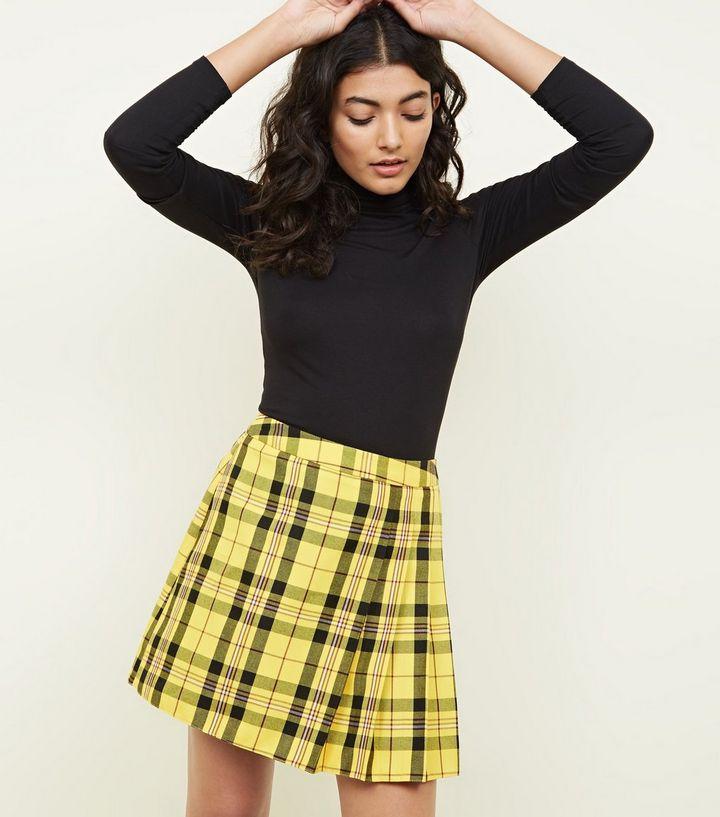 Yellow-check-pleat-mini-skirt