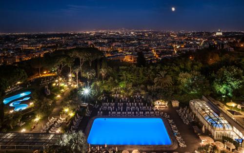 Rome Cavalieri - Cavalieri Grand Spa - Main outdoor pool looking towards indoor pool